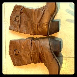 Steve Madden Boots real leather size 7